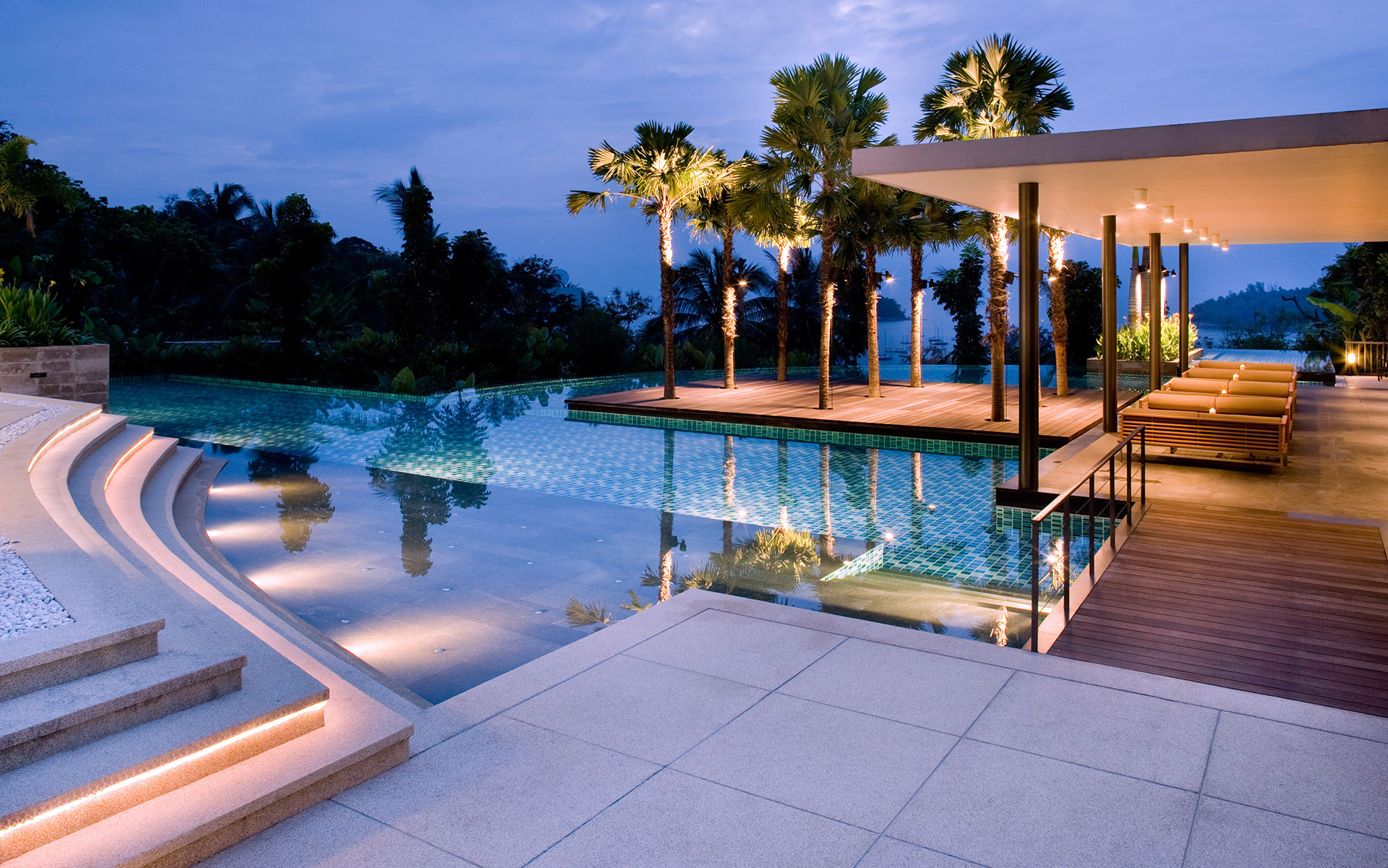 Luxury Built Pools